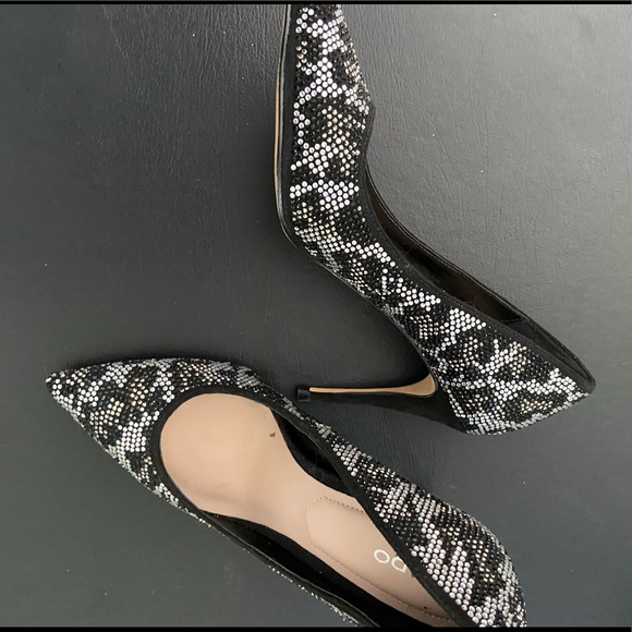 Black silver and gold sequin Aldo shoes